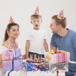 友人の誕生日に贈る英語フレーズ18選 | Happy birthdayに添える例文をご紹介!