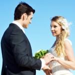 「結婚おめでとう」の英語メッセージ15例【そのまま使えるフレーズ】