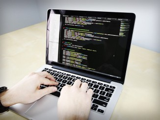 coding-699318_640