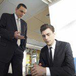 「指摘する」の英語表現3選 | ビジネスでそのまま使えるフレーズ