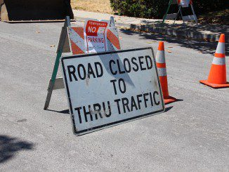 road-closed-2698182_640