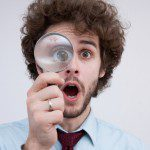 「調べる」や「探す」を意味する様々な英語表現4つと、使い分け方!